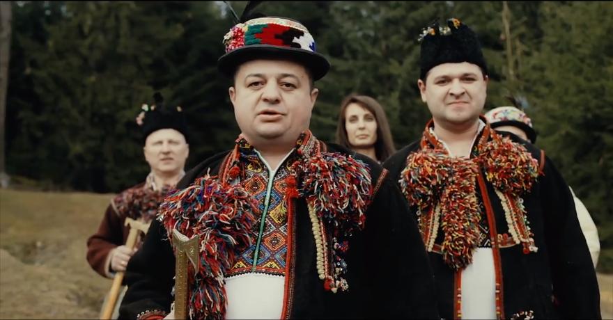 Головне територіальне управління юстиції в Івано-Франківській області вітає усіх з Новим Роком та Різдвом Христовим!